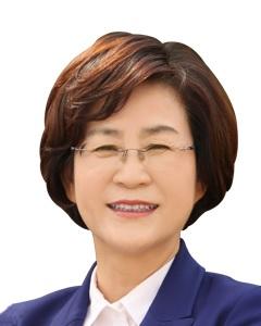 [최초 여성 국회부의장]   故 이희호 여사 묘소 참배로 첫 공식 일정