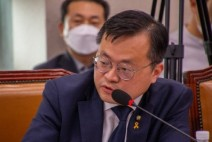[환상보증금]    환산보증금제도 폐지 - 권리금 보호받지 못한 대형마트 입주점포 상인들도 보호