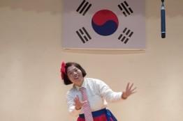 [수화 공연]  농아인 의 수화 예술적 가치로 승화 임선미 수화예술가